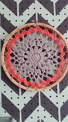 Ravelry: Doily , Mandala pattern by Jessica Lester-Stuart Más Crochet Mandala Pattern, Crochet Circles, Crochet Round, Doily Patterns, Crochet Squares, Crochet Home, Love Crochet, Crochet Gifts, Beautiful Crochet