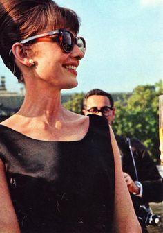 Audrey Hepburn via @classicmoviehub.