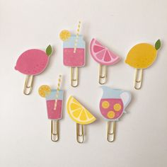 Pink Lemonade Lemon Planner Clip Made to Order by RueVogueShoppe Paper Clips Diy, Paper Clip Art, Diy Paper, Paper Crafts, Bookmark Craft, Diy Bookmarks, Paperclip Crafts, Felt Crafts, Planner Supplies