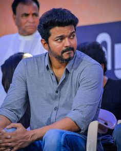 New Album Song, Album Songs, Ms Dhoni Movie, Ilayathalapathy Vijay, New Photos Hd, Vijay Actor, Indian Star, Actors Images, Photography Poses For Men