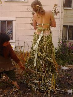 Collaboration with model Michelle Magdalena Maddox and Arielle Rose of Cirkus Waggon dress made from river weeds of Neary Lagoon photo taken at The Crystal Palace Santa Cruz