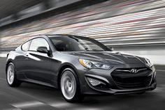 Hyundai Genesis Coupe à Montréal |  Comment concevoir un coupé aussi exceptionnel ? Hyundai l'a fait, lui, avec le tout nouveau Genesis Coupé 2013!    Plus raffinée que jamais, la Genesis Coupé a fait l'objet de nombreuses améliorations au chapitre des performances. En effet, le véhicule est doté des toutes dernières technologies en matière de moteur, de transmission, d'éclairage et de freinage.