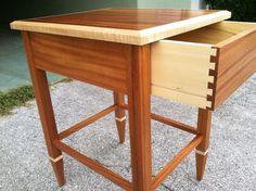 Mahogany end table - Reader's Gallery - Fine Woodworking