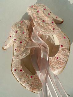 Blush lace embellished wedding shoes with fuchsia rhinestones