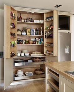 Roundhouse bespoke kitchen furniture for compact spaces