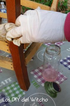 Cómo retirar la pintura o barniz de un mueble