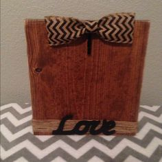 🎀Rustic Wood Picture Frame🎀 Rustic wood picture frame. Standing. HANDMADE. Can be used to hold a picture, recipe, etc...The wood is solid and thick. Not flimsy cheap wood. One of a kind. Sorry no trades. Happy Poshing 😃😃 NOT INCLUDED IN BUNDLE Accessories