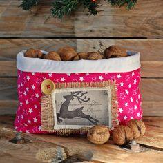Świąteczny koszyk z tkaniny w La maison cottage na DaWanda.com