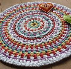 alfombra redonda de trapillo