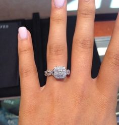 Dream ring Vera Wang engagement ring from her Love collection Dream Engagement Rings, Halo Engagement, Engagement Pictures, Vera Wang, The Bling Ring, Ring Verlobung, Dream Ring, Diamond Are A Girls Best Friend, Wedding Ring Bands