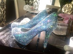 OMGOMGOMG Handmade Genuine Swarovski Crystal Shoes