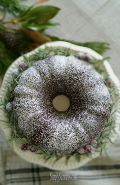 Simply Suzanne's AT HOME: chocolate (sour cream) bundt cake