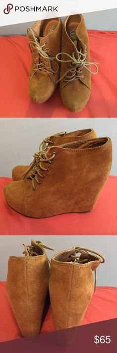 Jeffrey Campbell Handmade Havana Last Suede Shoes This is a 100% authentic Jeffrey Campbell Handmade Havana Last Suede Shoes - 6.5. Pre-owned in good condition.any questions please contact me. Thank you Jeffrey Campbell Shoes Platforms