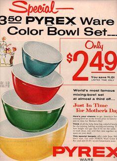 vintage glassware pyrex bowls 1954