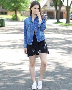 A Little Detail - Denim Jacket & Floral Dress #denimjacket #floraldress #whitesneakers #bluewatch #summerfashion #summerstyle #outfit #womensfashion #womensstyle