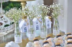 flores na garrafa para tema batizado