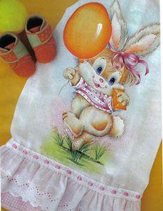 Eliana Mimos & Artes: Fralda pintada Coelhinha com balão