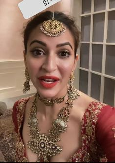 Kirti Kharbanda, Bollywood Celebrities, Celebrity Pictures, Celebs, Glamour, Indian, Fashion, Celebrities, Moda