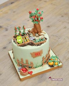 This cake was for a man turning 90 Who loves so much taking care of his vegetable garden