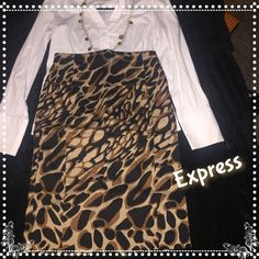Express cheetah print pencil skirt Gorgeous cheetah print Express size 4 zip back pencil skirt. 25 inches long. Slit in back. In perfect condition. Express Skirts Pencil