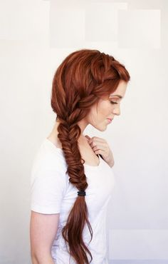 Not typically a fan of the fishtail braids, but this is soft and beautiful.
