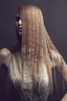 I+D+i, Hair: X-presion, Photography: Gustavo Lopez Mañas, Styling: Oscar Morales, Make up: Antonio Estrada #hair #pattern