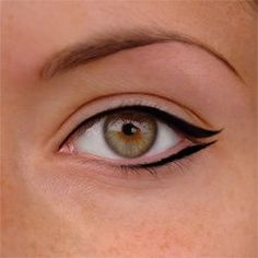 Love this eyeliner look