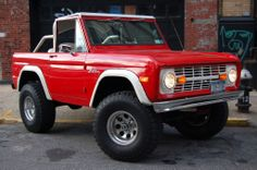 I keep seeing Bronco's that remind me of my old one!!! DANG!!!