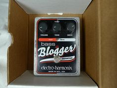EHX Bass Blogger for sale, 40 euros. Let's trade if you have something fun around that price.