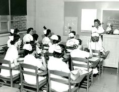 Nursing students in class, Mount Sinai Hospital School of Nursing. Image courtesy of the Barbara Bates Center for the Study of the History of Nursing. Graduation Hairstyles With Cap, History Of Nursing, Nursing Students, Nursing Schools, School Badges, Mount Sinai, Nursing Pins, Vintage Nurse, Medical Information