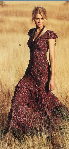 Oh, to be walking through a field in my vaguely country dress with flutter sleeves. Boho Beautiful, Beautiful Dresses, Nice Dresses, Casual Dresses, Casual Outfits, Fashion Outfits, Cute Country Dresses, Country Outfits, Country Girls