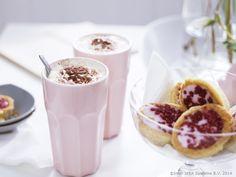 Ikea Muffins muffinsform med läckra muffins på en rottingkorg home