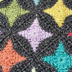 Nova Star Crochet Square Free tutorial https://atty-s.blogspot.nl/2017/07/nova-star-crochet-square-free-tutorial.html