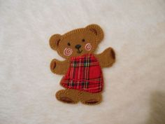 childrens embroidered iron on brown bear 10x8cm