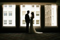 A+Classic+Navy+and+Gold+Washington+Wedding+via+TheELD.com