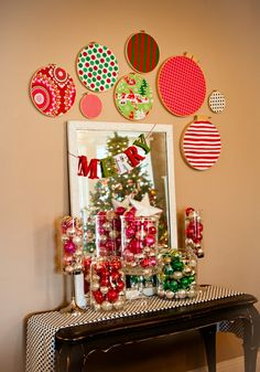 Christmas fabric in emboidery hoops
