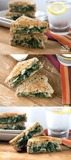Spinach & Artichoke Grilled Cheese #sandwich #vegetarian