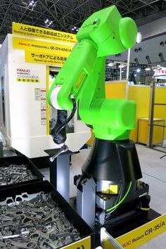 ECONOMY / LABOUR MARKET This factory robot learns a new job overnight.