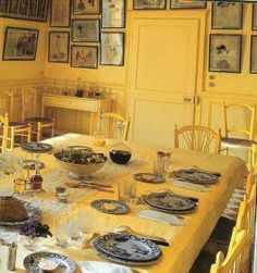 Monets Yellow Dining Room and Creil 'Japon' Dinnerware