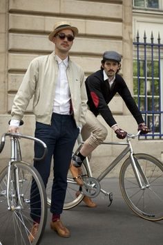 Men on Bicycles #PBperfectsaturday with @Caitlin Flemming and @Poppy Barley