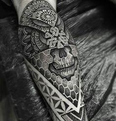 Tattoo work by: @paulokink!!!) #skinartmag #tattoorevuemag #supportgoodtattooing #support_good_tattooing #tattoos_alday #sharon_alday #tattoo #tattoos #tattooed #tattooart #bodyart #tattoocommunity #tattooedcommunity #tattoolife #tattooedlife #tattooedpeople #tattoosociety #tattoolover #ink #inked #inkedup #inklife #inkedlife #inkaddict #besttattoos #realtattoos #tattooculture #blacktattoo #blacktattoos #blackwork by skinart_mag
