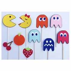Pac Man Photo Booth Props ; 80s Birthday Party Decorations ; 30th Birthday Party Decor ; Video Game Props by LetsGetDecorative on Etsy https://www.etsy.com/listing/253048776/pac-man-photo-booth-props-80s-birthday