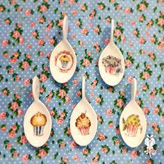 Cucharitas de medida de té (porcelana) pintadas a mano.