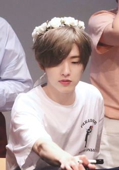 he looks like a princess can he sTOP Park Jae Hyung, Jae Day6, Young K, Bob The Builder, Just Dream, Korean Artist, Aesthetic Pictures, Boyfriend Material, Korean Boy Bands