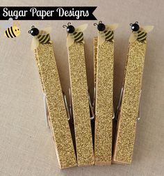 Bee Glittered Clothespins
