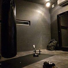 トレーニングルームのインテリア実例 | RoomClip (ルームクリップ) Lounge/照明/インダストリアル/男前/トレーニングルーム/サンドバッグに関連する部屋