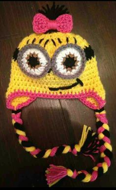 Despicable Me beanie want the eyes blue!