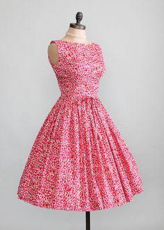 Vintage 1950s Peak Bloom Floral Day Dress