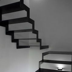 Inspired by the airiness of the staircase and the colour scheme. Black Stairs in In Piacenza Interior Staircase, Stairs Architecture, Staircase Design, Interior Architecture, Stair Design, Staircase Remodel, Staircase Ideas, Black Stairs, Escalier Design
