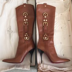 Cesare Paciotti leather heeled boots 🎉These beauties are in excellent condition. Only sign of wear is on bottom of shoe as seen in photo. Cesare Paciotti Shoes Heeled Boots
